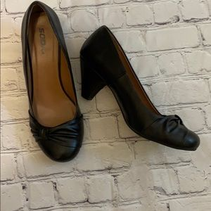 Soda Dede Black Leather Slip On Heels Size 10